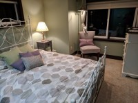 Master Bed and Private Bath - Fremont