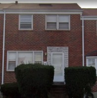 One bedroom in a townhouse near UMBC