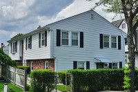 122 Central St 2