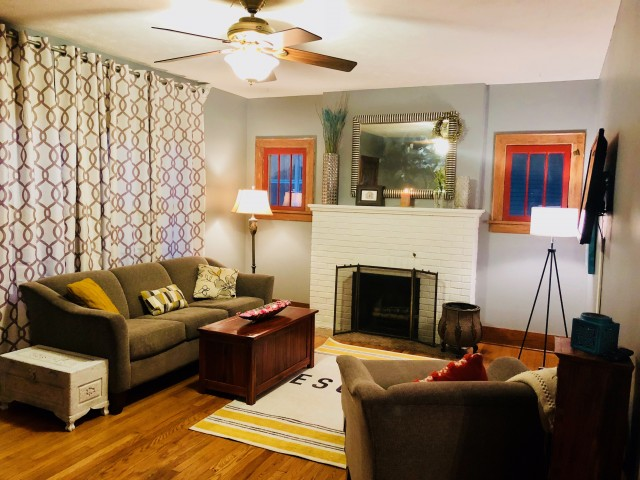 Walk to UNMC--Fully Furnished Home in Popular Midtown Location