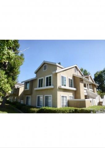 2 br in DESIRABLE Woodbridge neighborhood, 3mi from UCI!$2500