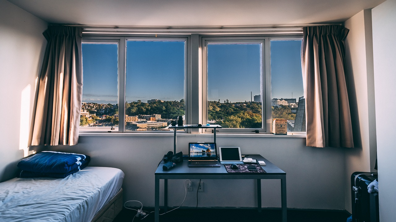 Student Roommates: Can You Change Roommates Living in a Dorm?